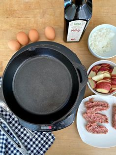 How to make a delicious and hearty camping skillet breakfast with eggs, potatoes and sausage. A quick and easy one skillet meal to feed a hungry family. Easy Campfire Meals, Campfire Food, Camping Meals, Campfire Recipes, Camping Cooking, Egg Skillet, Breakfast Skillet, One Skillet Meals, Quick Meals To Cook