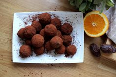 Chocolate Bliss Balls with Orange - Easy No Bake Recipe! Healthy Gourmet, Bliss Balls, Easy Baking Recipes, Chocolate, Orange, Food, Schokolade, Meals, Chocolates