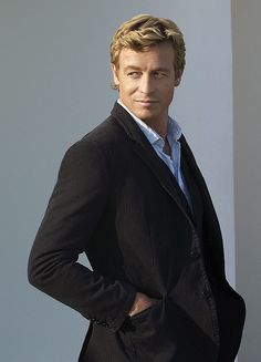 Although I love dark men, Simon Baker as Patrick Jane, in 'The Mentalist' is my new Mr. Wonderful on television- His sense of humour and fashion style makes me weak in the knees! Patrick Jane, Simon Baker, Gorgeous Men, Beautiful People, Love Simon, Jolie Photo, Film Serie, Tv On The Radio, Actor