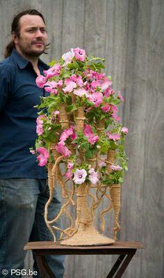 Contemporary Flower Arrangements, Flowers For You, Wedding Function, Arte Floral, Table Flowers, Flower Frame, Ikebana, Flower Decorations, Flower Designs