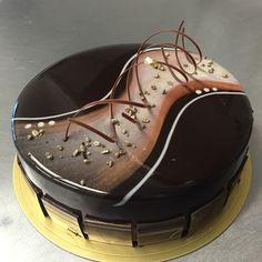 #entremet #weddingcake #cakegirl #nlc #normanloveconfections #mirandaprince