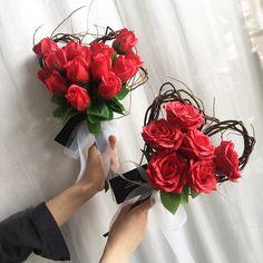 Букет сердце Valentine Flower Arrangements, Flower Arrangements Simple, Valentines Flowers, Bouquet Wrap, Dried Flower Bouquet, Flower Boxes, Flower Decorations, Flower Designs, Beautiful Flowers