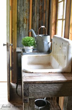 potting shed sink ~~ Faded Charm: ~Spring Cleaning~whoa! i have this exact sink for my shed! Garden Sink, Garden Pots, Garden Sheds, Garden Benches, Lush Garden, Tropical Garden, Cast Iron Sink, Outdoor Sinks, Old Sink