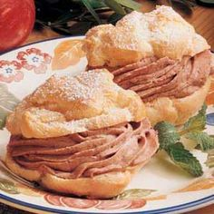 Mocha Cream Puffs-Looking for a special-occasion dessert that's easy to fix? Try these golden puffs with a chocolaty filling