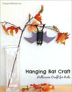 Perfect Halloween craft for kids! (Hanging Bat Craft~ BuggyandBuddy.com)