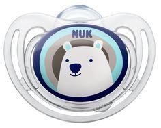 Chupeta Nuk FreeStyle com anel em silicone, disponível nos tamanhos 1, 2 e 3. Especialmente indicada para a pele sensível. Várias cores e motivos disponíveis. Motivo: Polar Bear. www.nuk.pt
