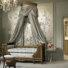 The French daybed, (lit de repos), is a beautiful addition to any room, bringing the level of sophistication up to new heights. And whil. Gray Interior, Interior Exterior, Interior Design, Home Bedroom, Bedroom Furniture, Bedroom Decor, Canopy Bedroom, Daybed Bedding, Daybed Canopy