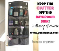 Take care of bathroom clutter with Thirty-One's hang up organizer! If you have a daughter, you NEED this!  #bathroom #bathroomorganiztion #clutter #thirtyone #31bags