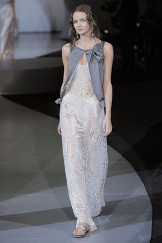 Giorgio Armani Spring 2009 Ready-to-Wear - Collection - Gallery - Style.com