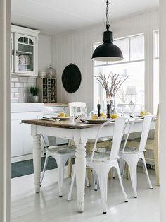 Kitchen Dining & Mutfakta Yemeğin Tadı Başka