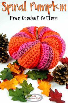 Learn how to crochet the Spiral Pumpkin using this free crochet pattern featuring the Spiral Effect and Caron X Pantone yarn. #freecrochetpattern #crochet #free #pattern #halloween #pumpkin #crochetpumpkin #fall #autumn #decor #diydecorideas #decorideas #diy #homedecor #illustrations #decor Bag Crochet, Crochet Fall, Holiday Crochet, Crochet Hooks, Free Crochet, Halloween Ghosts, Diy Halloween, Holidays Halloween, Pumpkin Uses