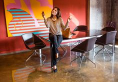 """For this Mary Sinatsaki was turned into a 'working girl"""" with style! Get The Look, Casual Chic, Minimalism, Mary, Friday, Collection, Style, Fashion, Casual Dressy"""