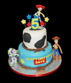 Birthday Cow print and stars 2 tiered cake with Toy Story figurines Toy Story Birthday Cake, 4th Birthday Cakes, Birthday Fun, Birthday Ideas, Cowgirl Birthday, Beautiful Cakes, Amazing Cakes, Toy Story Cakes, Diy Birthday Decorations