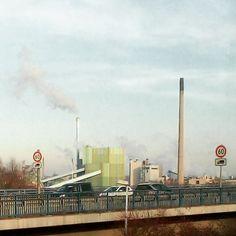 Schaut aus wie uralt war aber heute an der #Rheinbrücke bei #Karlsruhe