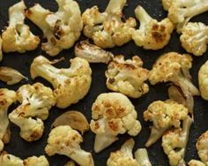 Roast cauliflower really is fantastic Halloumi Burger, Potato Vegetable, Food Categories, Roasted Cauliflower, Convenience Food, Weight Watchers Meals, Light Recipes, Eating Habits, Healthy Recipes