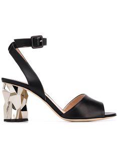41014c04fe1d4 1547 Best LES: Shoe Seduction images in 2019 | Fashion Shoes, Shoe ...