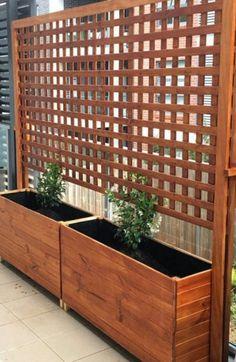 Diy Privacy Fence, Privacy Fence Designs, Privacy Screen Outdoor, Backyard Privacy, Backyard Patio, Backyard Landscaping, Privacy Trellis, Patio Fence, Privacy Screens