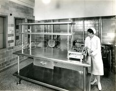 Diet Kitchen, Woman's Hospital of Philadelphia. No Date. Image courtesy of the Barbara Bates Center for the Study of the History of Nursing.