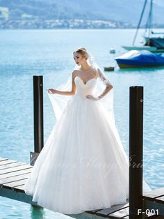 OllyMurs 2020 Luxury Wedding Dress Strapless Card Shoulder Wedding Dress Sexy Backless Decal Bride Support Tailor-made Luxury Wedding Dress, Sexy Wedding Dresses, Sexy Dresses, Bridesmaid Dresses, Ball Gown Dresses, Strapless Dress, Elegant Ball Gowns, Plus Size Wedding Gowns, Bridal Collection