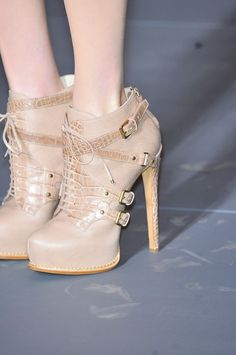 Christian Dior at Paris Fall 2011 (Details)