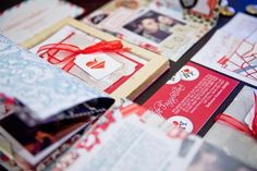 Can put lotsa stuff in the booklet: invitation card, map, our little love story, coupons for gifts, photos:)