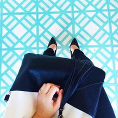 Meagan Flora John from 'Hearts of Gold' blog features our Reptilian Moderna fold-over tote!