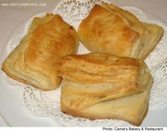 What you will need to make Haitian Patties: 1 cup of cold water 1 egg yo Haitian Pate Recipe, Haitian Food Recipes, Cuban Recipes, Haitian Chicken Patties Recipe, Carribean Food, Caribbean Recipes, Pate Recipes, Cooking Recipes, Donut Recipes