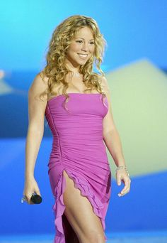 Divas, Paris Shows, Voluptuous Women, Ben Affleck, Female Singers, Mariah Carey, Jennifer Aniston, Most Beautiful Women, My Idol