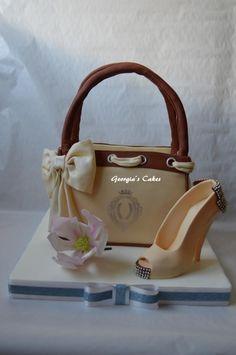 Bag shoe heels and magnolia by Georgias Cakes Tartas de diseño
