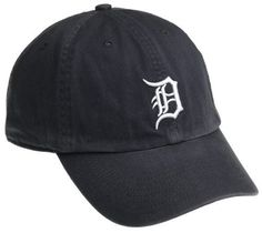 MLB Detroit Tigers Franchise Fitted Baseball Cap 2675fd8e55a3