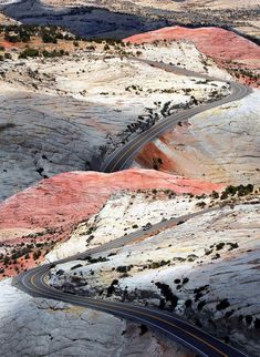 Utah - The twisting Highway 12 through a moonscape from Moab and Escalante to Bryce Canyon