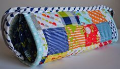 Porch Swing Quilts: Fabric Tuesday: Sew Together Bag for my Mom Sew Together Bag, Porch Swing, My Mom, Diaper Bag, Quilts, Purses, Sewing, Lady, Fabric