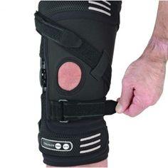 Attelle Genou ROM Ligaments et Entorse Ossur Trainer Collier Cervical, Knee Brace, Braces, Trainers, Medical, Sprain, Tennis, Medicine, Athletic Shoes