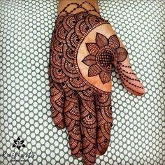 Back Hand Mehndi Designs, Latest Bridal Mehndi Designs, Full Hand Mehndi Designs, Mehndi Designs Book, Modern Mehndi Designs, Mehndi Designs For Girls, Mehndi Designs For Beginners, Mehndi Design Photos, Beautiful Henna Designs