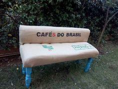 Cafes do Brasil small sofa