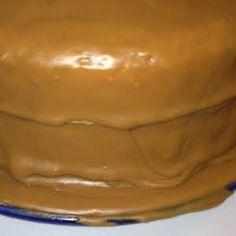 Old Timey Caramel Icing - # Karamellglasur - Karamell - Caramel cake Carmel Cake Icing, Carmel Frosting Recipe, Icing Frosting, Caramel Frosting, Frosting Recipes, Cooked Caramel Icing Recipe, Old Fashioned Caramel Icing Recipe, Caramel Cakes, Chocolate Icing Recipes