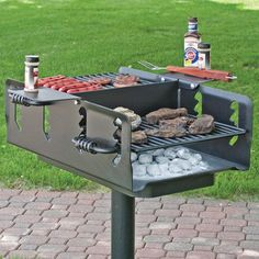 This Pilot Rock Shelterhouse Grill is big enough to cook for a crowd. Fire Pit Grill, Fire Pit Backyard, Backyard Bbq, Fire Cooking, Outdoor Cooking, Built In Braai, Materiel Camping, Diy Grill, Four A Pizza