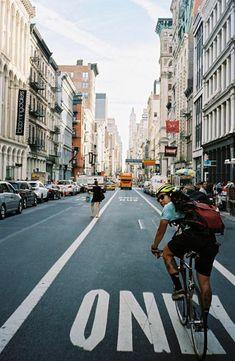 Bike Messenger, Urban Cycling, Fixed Gear Bike, Bicycle Girl, Bike Style, Life Cycles, Street Photography, Touring, Street Art