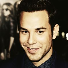 Skylar Astin is my new obsession.I could have him sing to me all day :) Gorgeous Men, Beautiful Boys, Beautiful People, Skylar Astin, Pitch Perfect, Attractive Men, Celebrity Crush, Look Alike, Pretty People