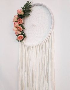 This lovely dream catcher is Made in white, with artificial flowers of pale pink and yellow, to the decoration of your childrens bedroom. (If you want to customize the colors, let me know in a message when you place your order and Ill be happy to help you) The measurements of Gifts For Nan, Aunt Gifts, Sister Gifts, Gifts For Wife, Gifts For Friends, Hoop Dreams, Floral Hoops, Macrame Art, Wall Hanger