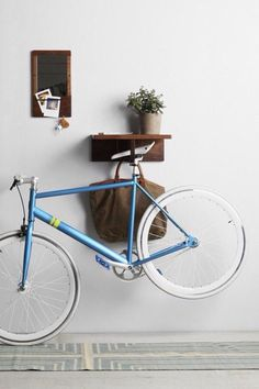 New Urban Bike Rack Interior Design Ideas Bike Storage Apartment, Indoor Bike Rack, Bike Storage Solutions, Range Velo, Bicycle Stand, Bike Hanger, Home Decoracion, Bicycle Storage, Urban Bike