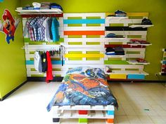 Amazing Bed & Wardrobe Rack Made From 28 Recycled Pallets  #bed #bedroom…