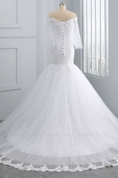 BMbridal Gorgeous Off-the-Shoulder Sweetheart Tulle Wedding Dress White Mermaid Lace Appliques Bridal Gowns Online | BmBridal