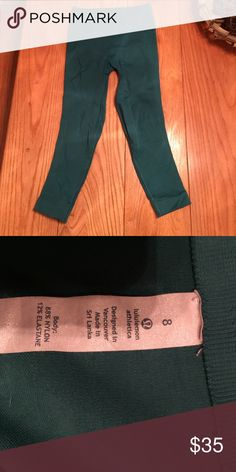 Lululemon zone in crop Perfect condition lululemon athletica Pants Leggings