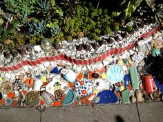 42 ideas garden art from junk upcycling fun for 2019 Outdoor Projects, Garden Projects, Garden Ideas, Outdoor Crafts, Garden Fun, Dream Garden, Backyard Ideas, Diy Projects, Tropical Backyard