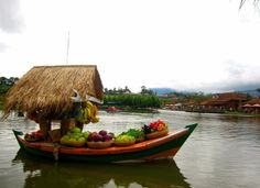 Floating Market Bandung, Bukti Kalau Bandung Itu Memang Kreatif | sobatpetualang.com