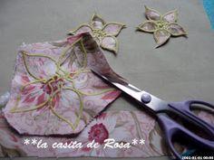 La casita de Rosa: Porta tijeras y Alfiletero con tira hilos. Patchwork Bags, Scissors, Applique, Diy Crafts, Sewing, Projects, Prints, Outline, Baby Hats