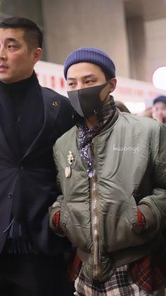 Bigbang G Dragon, Ji Yong, Film Music Books, Korean Fashion, Winter Jackets, Punk, Kpop, Style, Baby