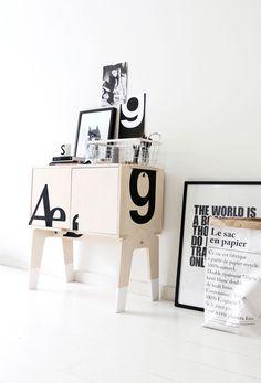 Bloesem Living | My Deer #101karakters #PietHeinEek cabinet. Design, typography, styling & photography © by MyDeer.nl