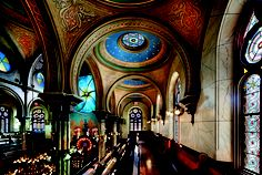 The women's balcony in the historic Eldridge Street Synagogue, home to the Museum at Eldridge Street. Photo by Peter Aaron